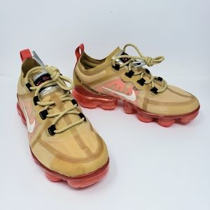 New Nike Air Vapormax Gold & Ember Athletic Shoes